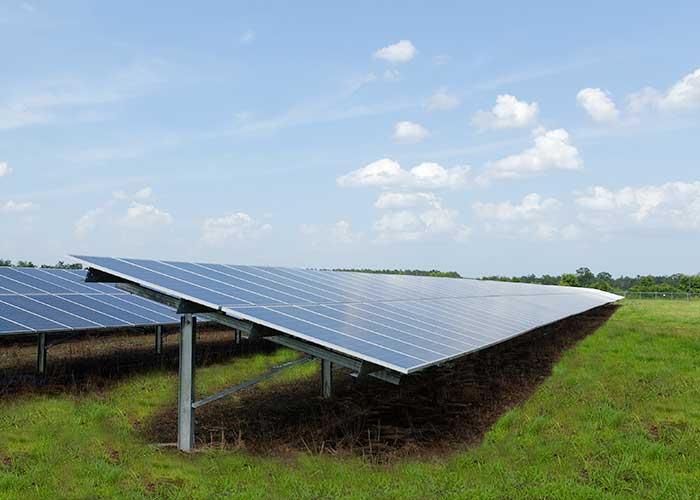 太阳能板光伏电站