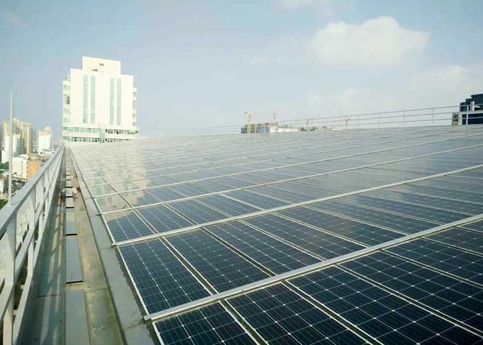 U型单晶硅太阳能板-屋顶光伏电站